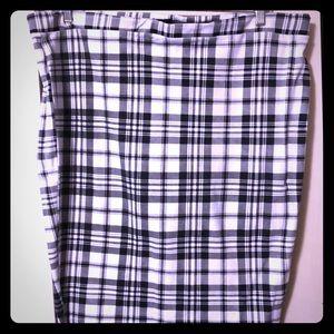 Torrid black & white plaid skirt